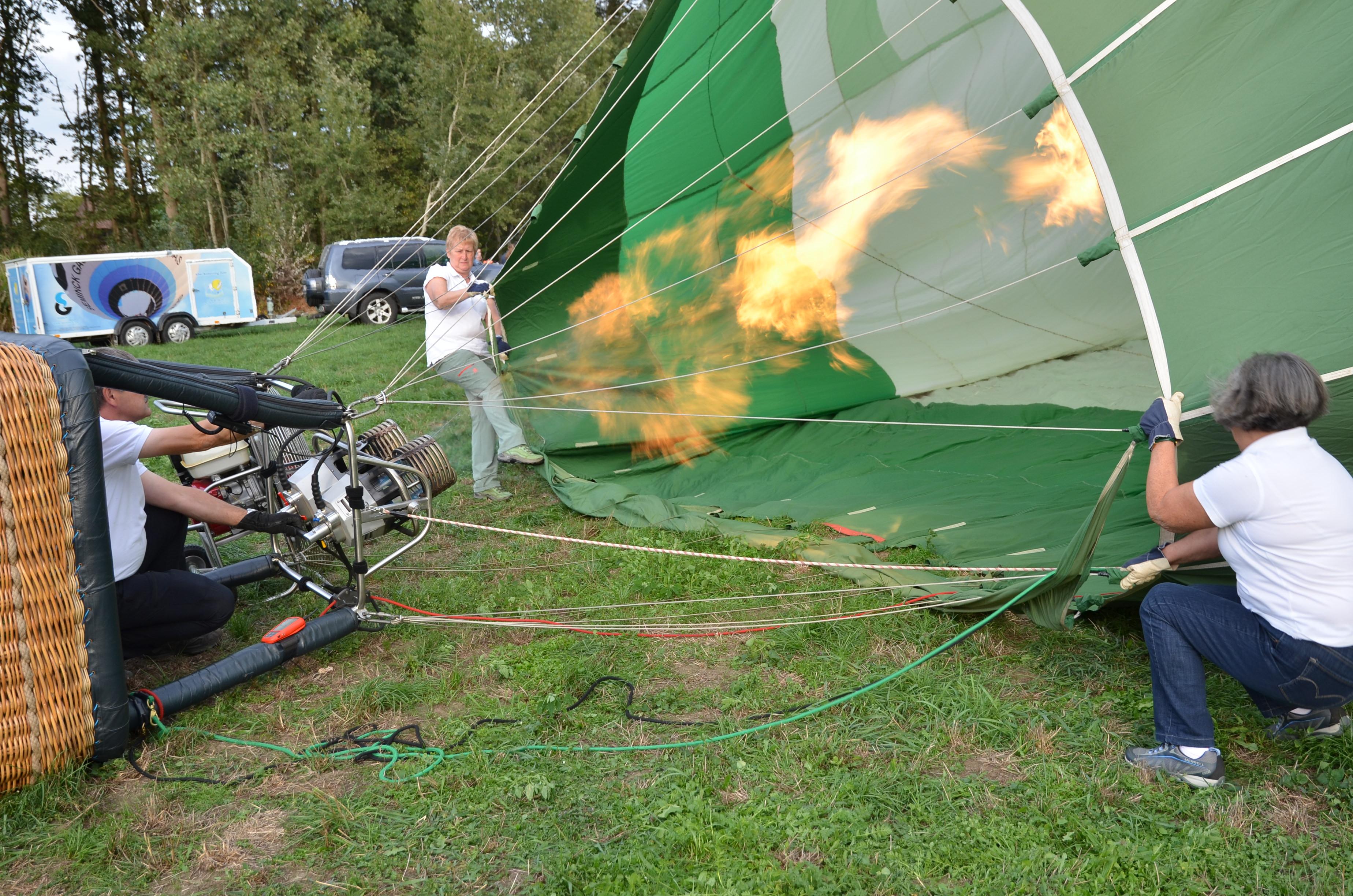 Ballonvaart vlam opzetten luchtballon
